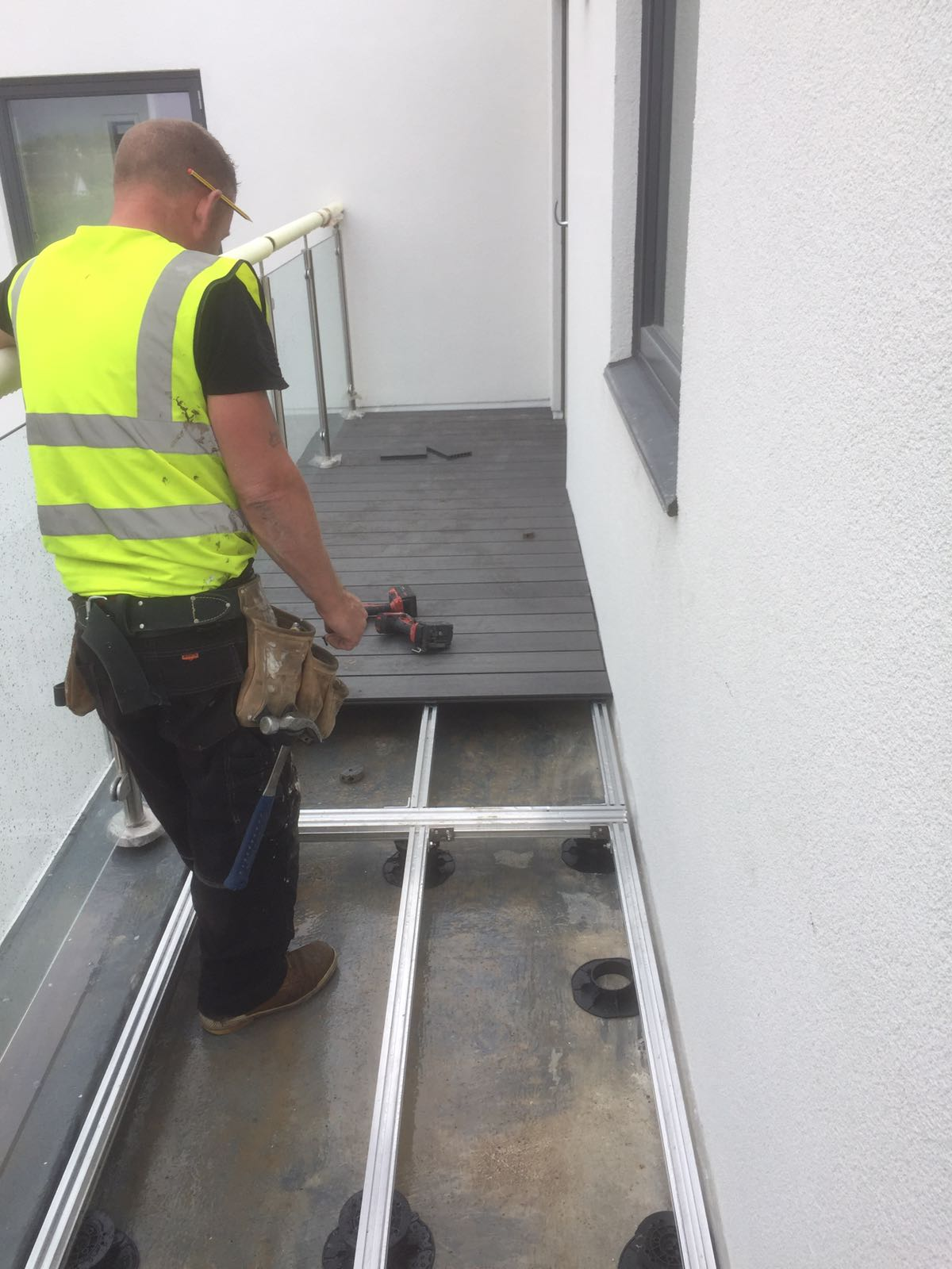 aluminium decking joist installation