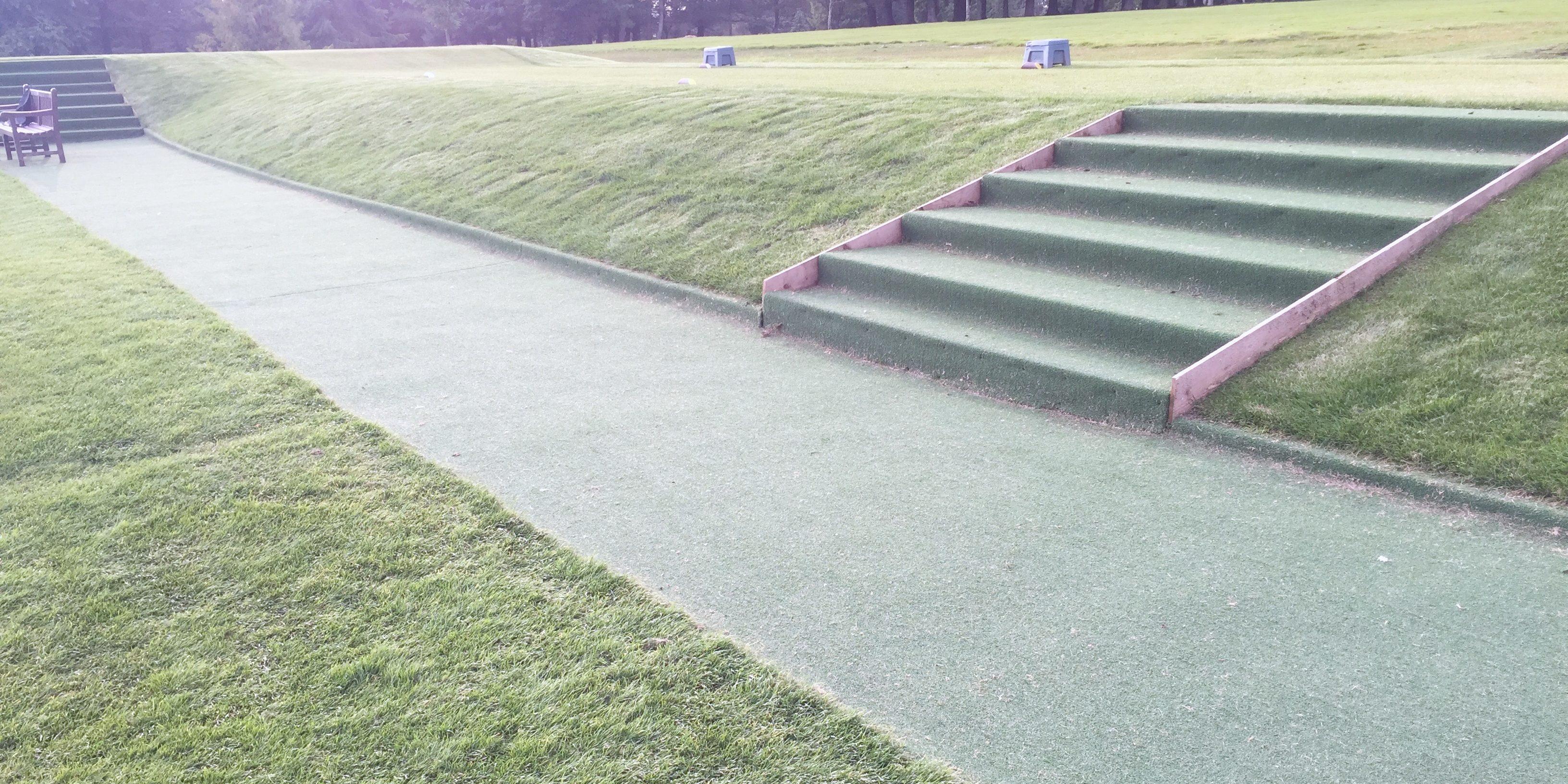 Golf corse walkway artifcial grass
